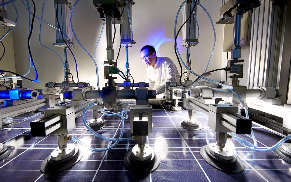 Presentan cuatro nuevas series de módulos fotovoltaicos de alto rendimiento