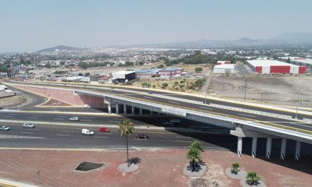 Entronque a Desnivel Montenegro, en Querétaro