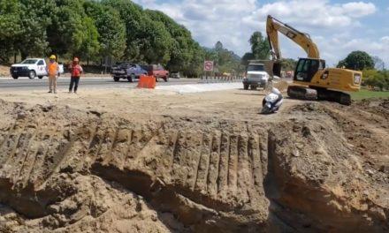 Supervisan la rehabilitación de la carretera Arriaga-Tapachula