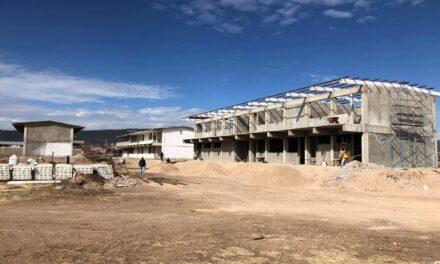Destinan más de tres mil millones de pesos en infraestructura educativa en Chihuahua