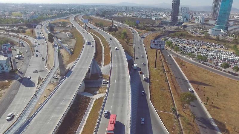 ¿Qué es la infraestructura carretera?